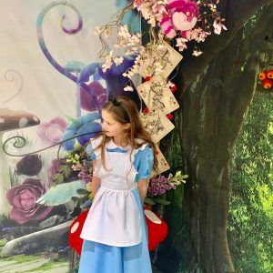 Mad Hatter's Tea Party/Alice's Adventures in Wonderland